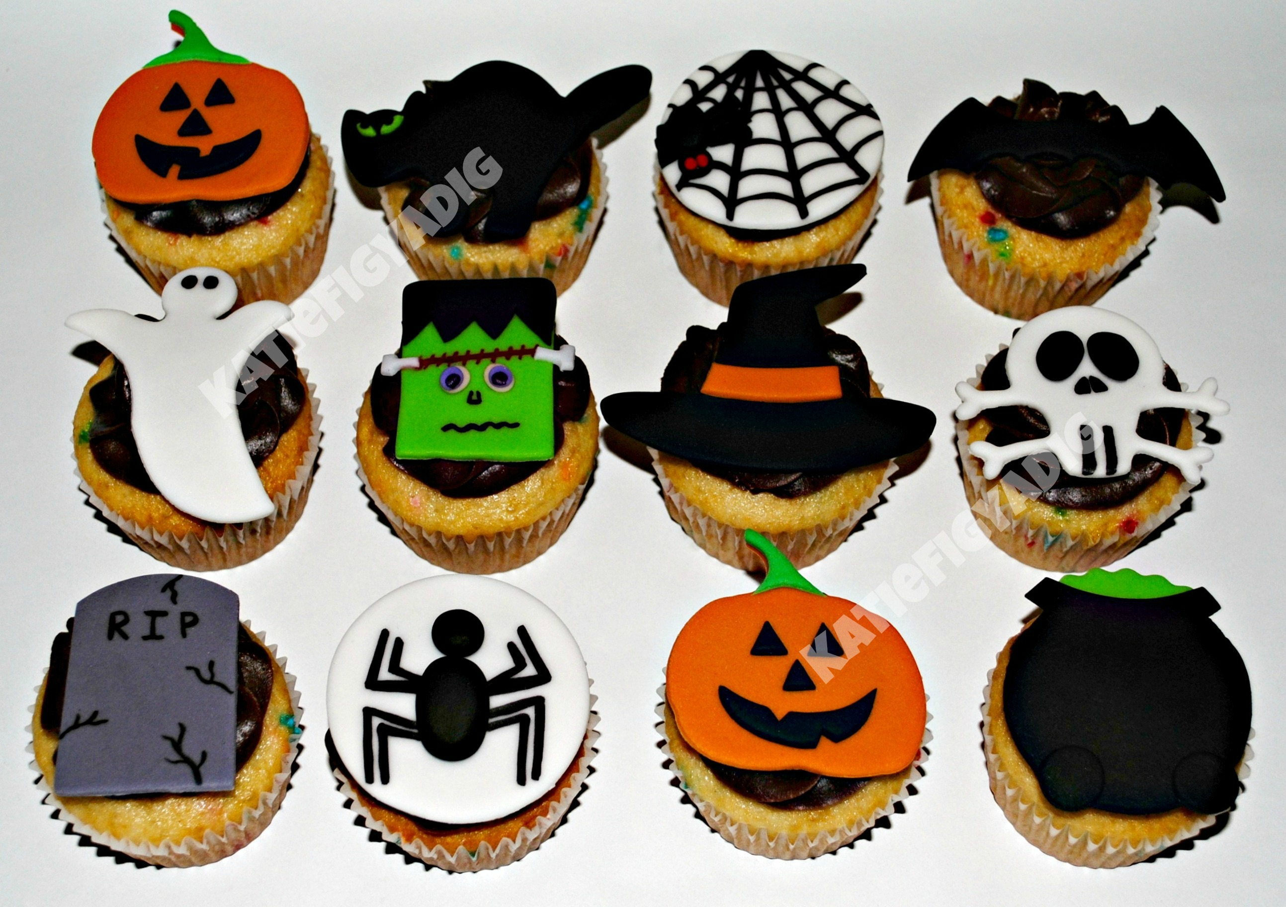 1000 images about halloween cupcakes pastries on Halloween cupcakes